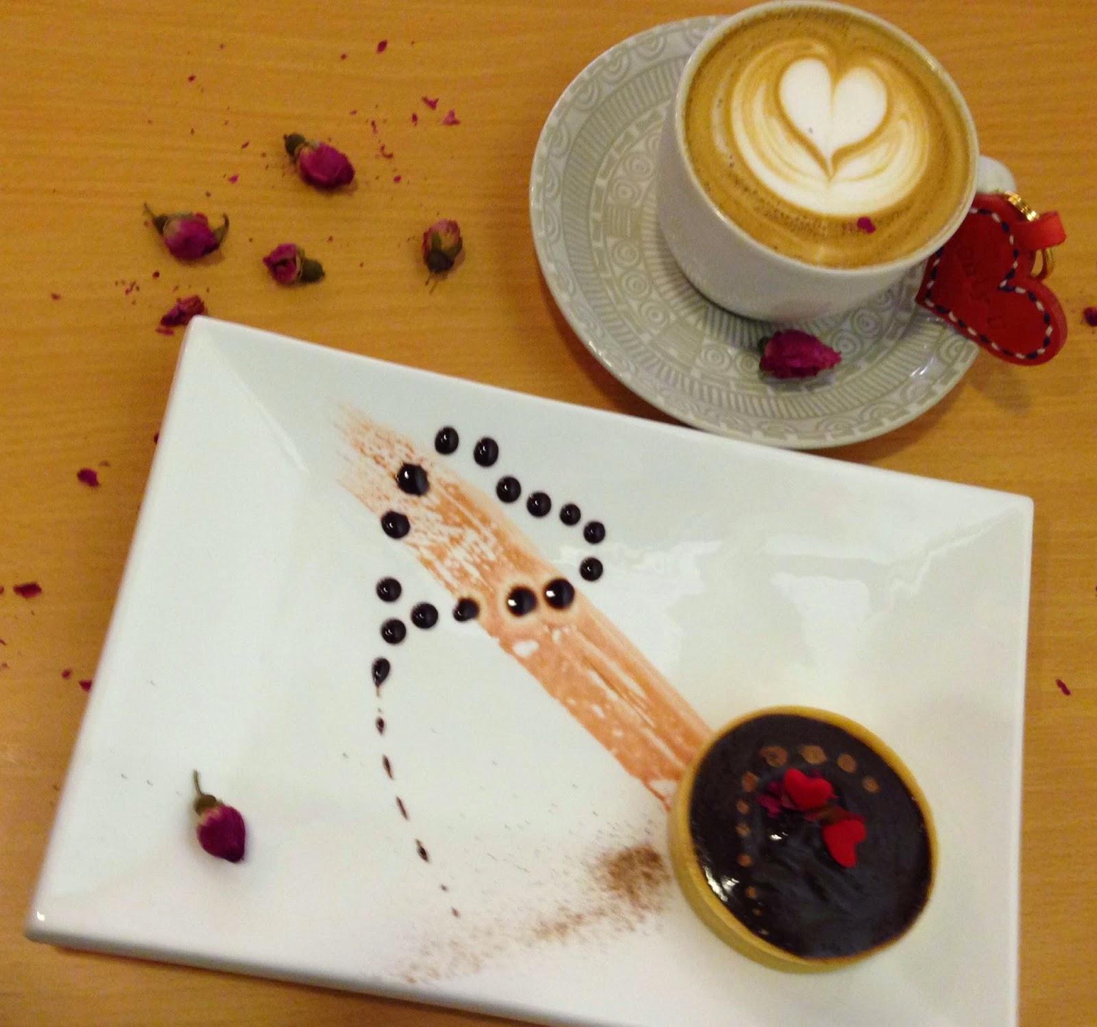 This Season Of Love, California Nostalgia Resonates at Café ...